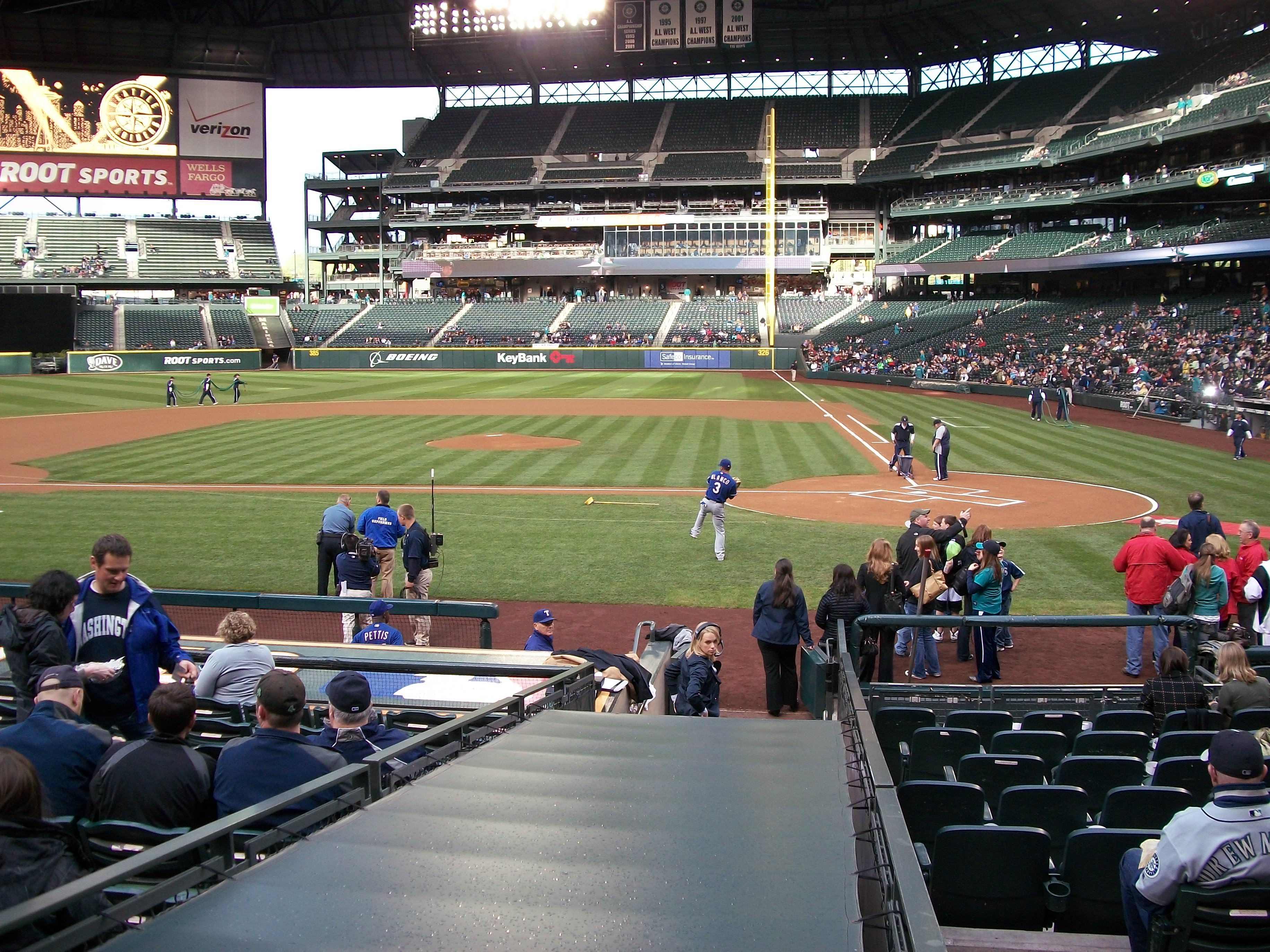 Texas Rangers 7th Inning Stretch Time