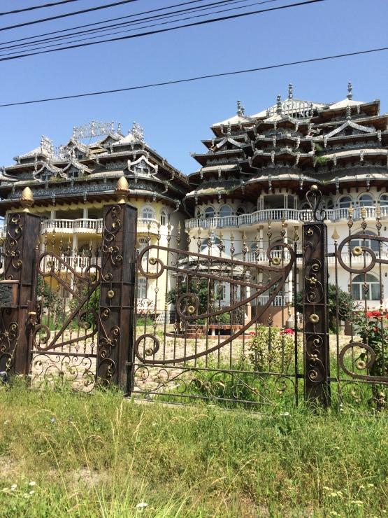 gyps house